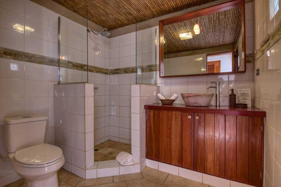 HotelAlcazarNicaragua-DoubleDeluxeRoom-11