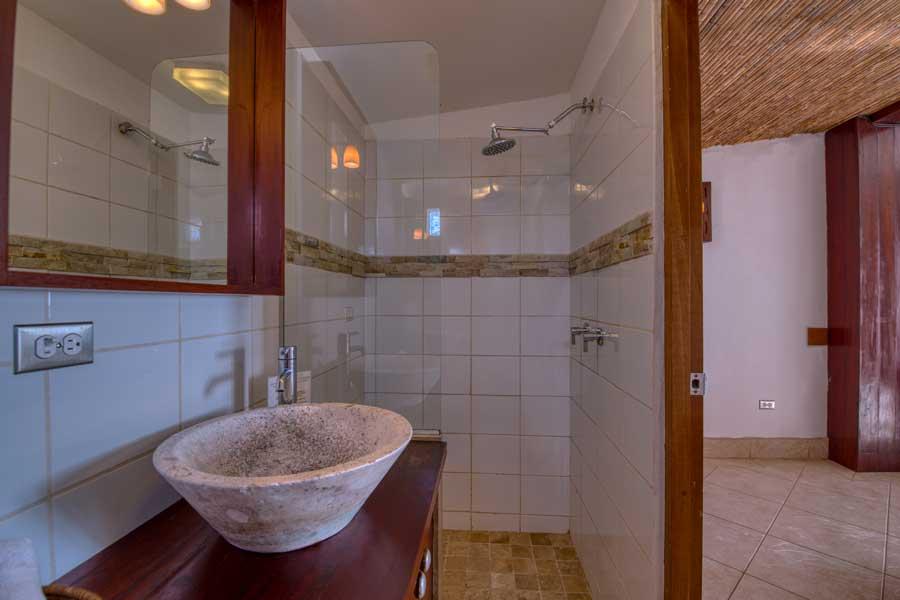 HotelAlcazarNicaragua-DoubleDeluxeRoom-4