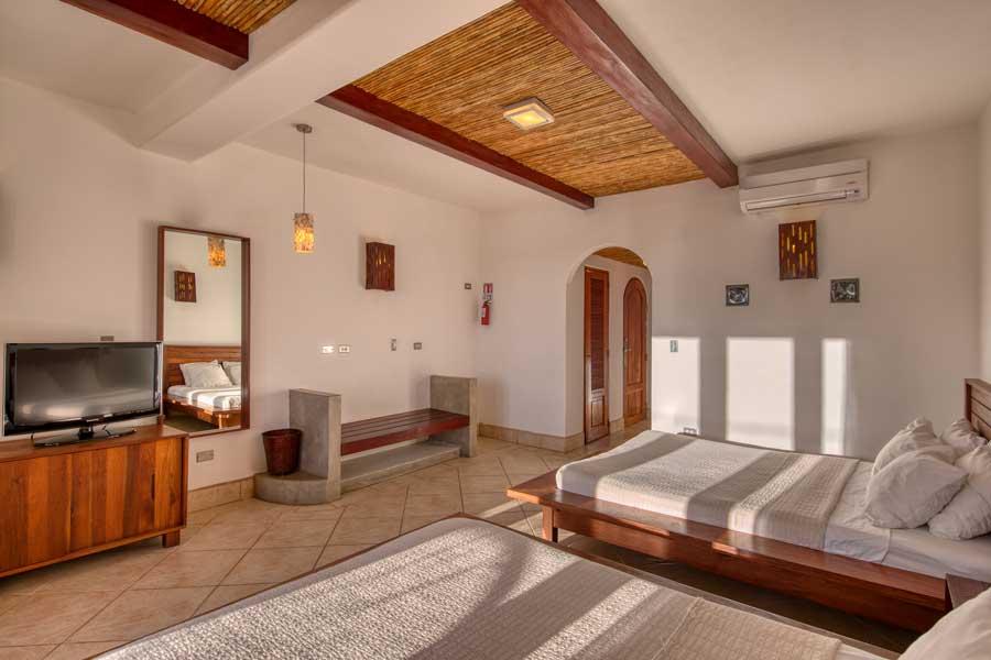 HotelAlcazarNicaragua-DoubleDeluxeRoom-9