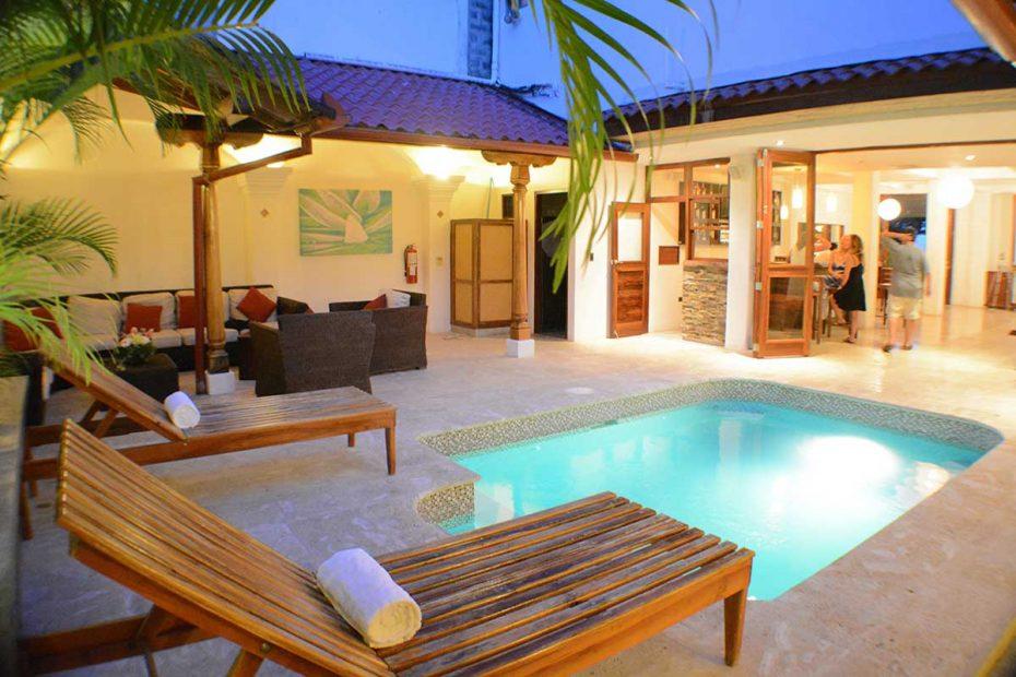 HotelAlcazarNicaragua-PoolArea2