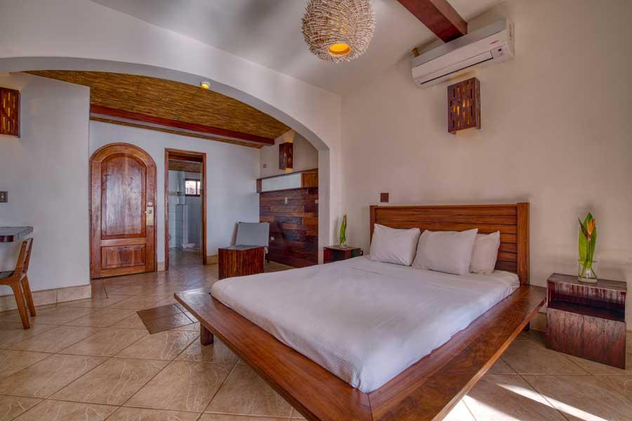 HotelAlcazarNicaragua-SingleDeluxeRoom-2